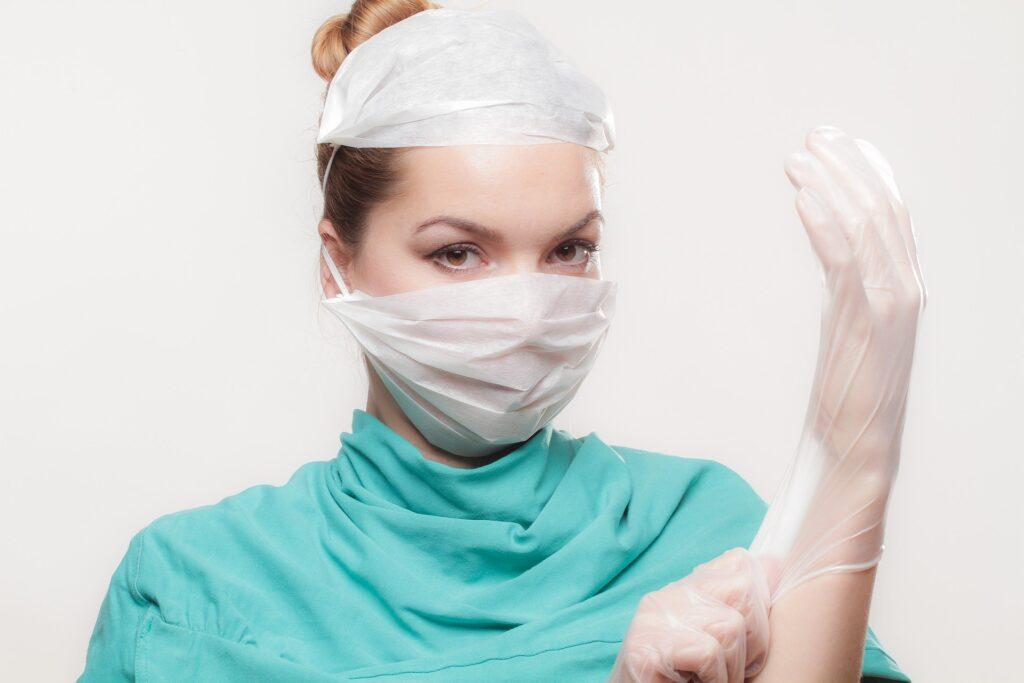 cirujano plástico clínica tebon